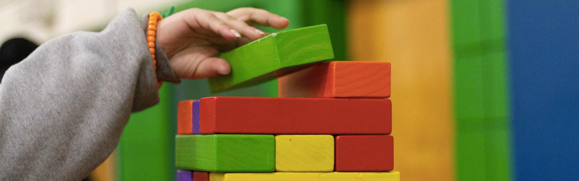 Activité en crèche à l'intérieur : puzzle