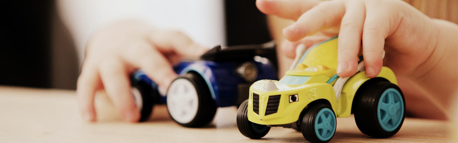 Jouets voiture pour enfants et prix de la crèche